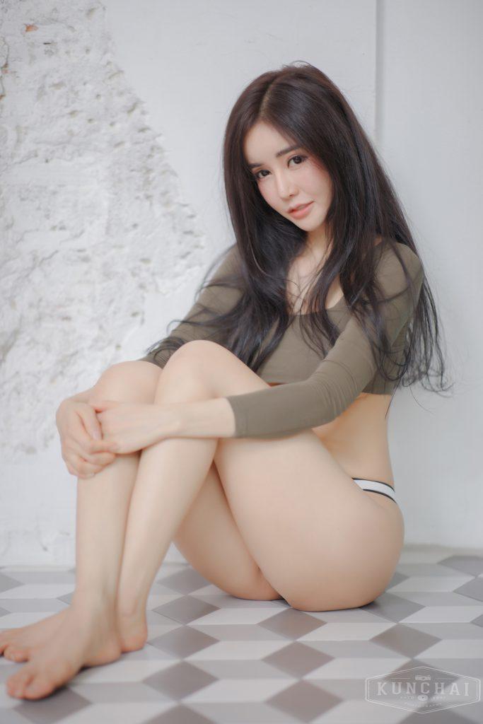 น้องบลู สาวน้อยน่ารัก เซ็กซี่ ผิวของเธอ ขาว และ เนียน น่าหลงไหล