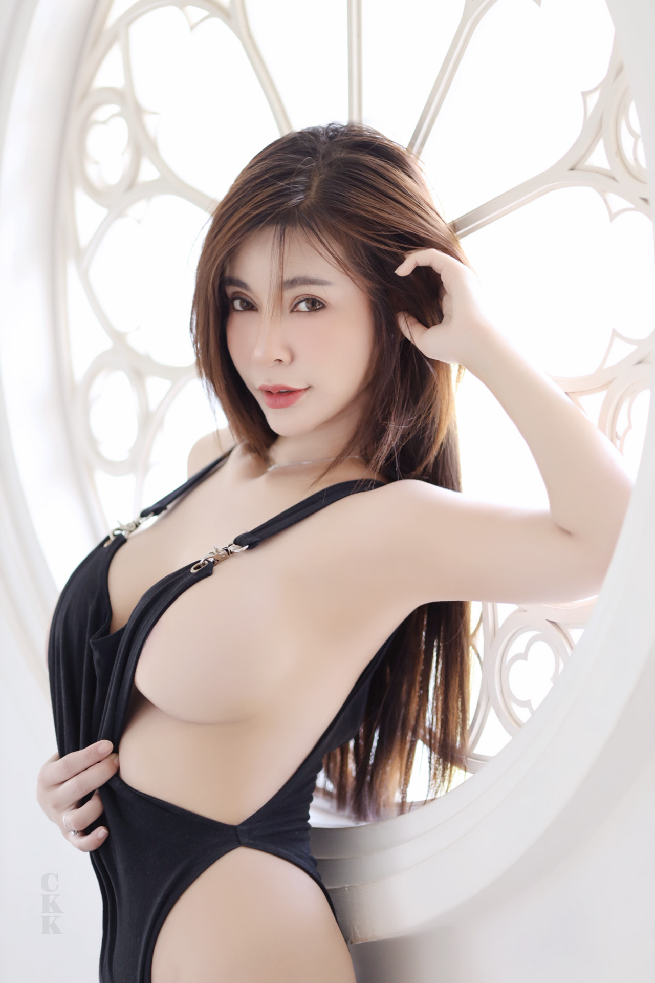 น้องเบนจิ ขาว สวย เซ็กซี่ พร้อมกับลูกแตงโมใหญ่ของเธอ