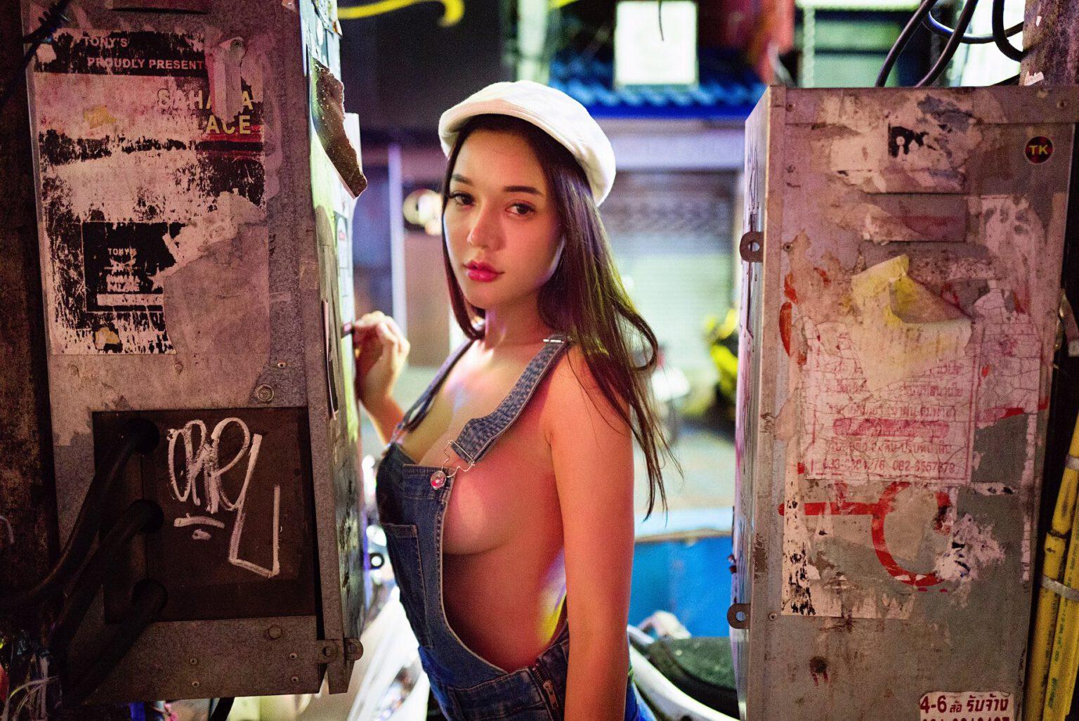 สาวเซ็กซี่ น้อง ใบตอง Thapani Meemungtham สาวสวย น่ารัก เซ็กซี่ หุ่นแซ่บ รุ่นนี้ห้ามพลาด