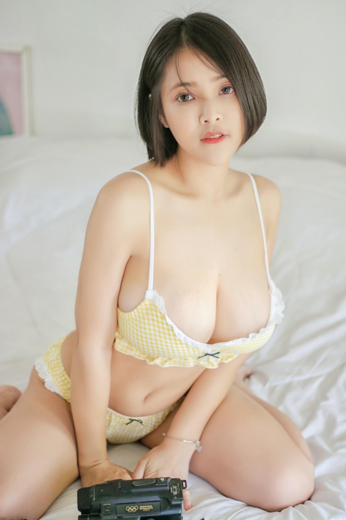 Nui Nui Milkoo ชุดนอนเซ็กซี่ สาวสวยเซ็กซี่ ใครเห็นเป็นต้องแข็งไปทั้งตัวแน่นอน นมใหญ่