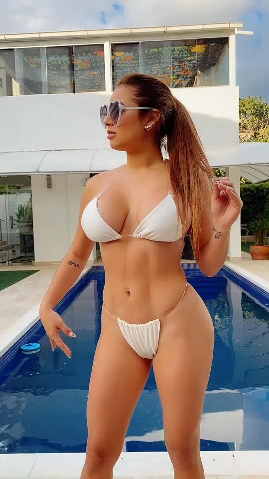 Tiktok : Joennyssanchez สาวฝรั่งเซ็กซี่