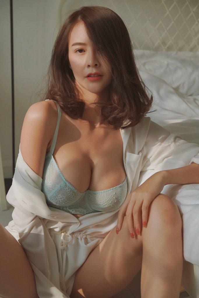 จิ๋ว Jiw 600 cc สาวสวย สาวเซ็กซี่ สาวน่ารัก ที่ไม่เคยทำให้ผู้ชายทุกคนต้องผิดหวัง