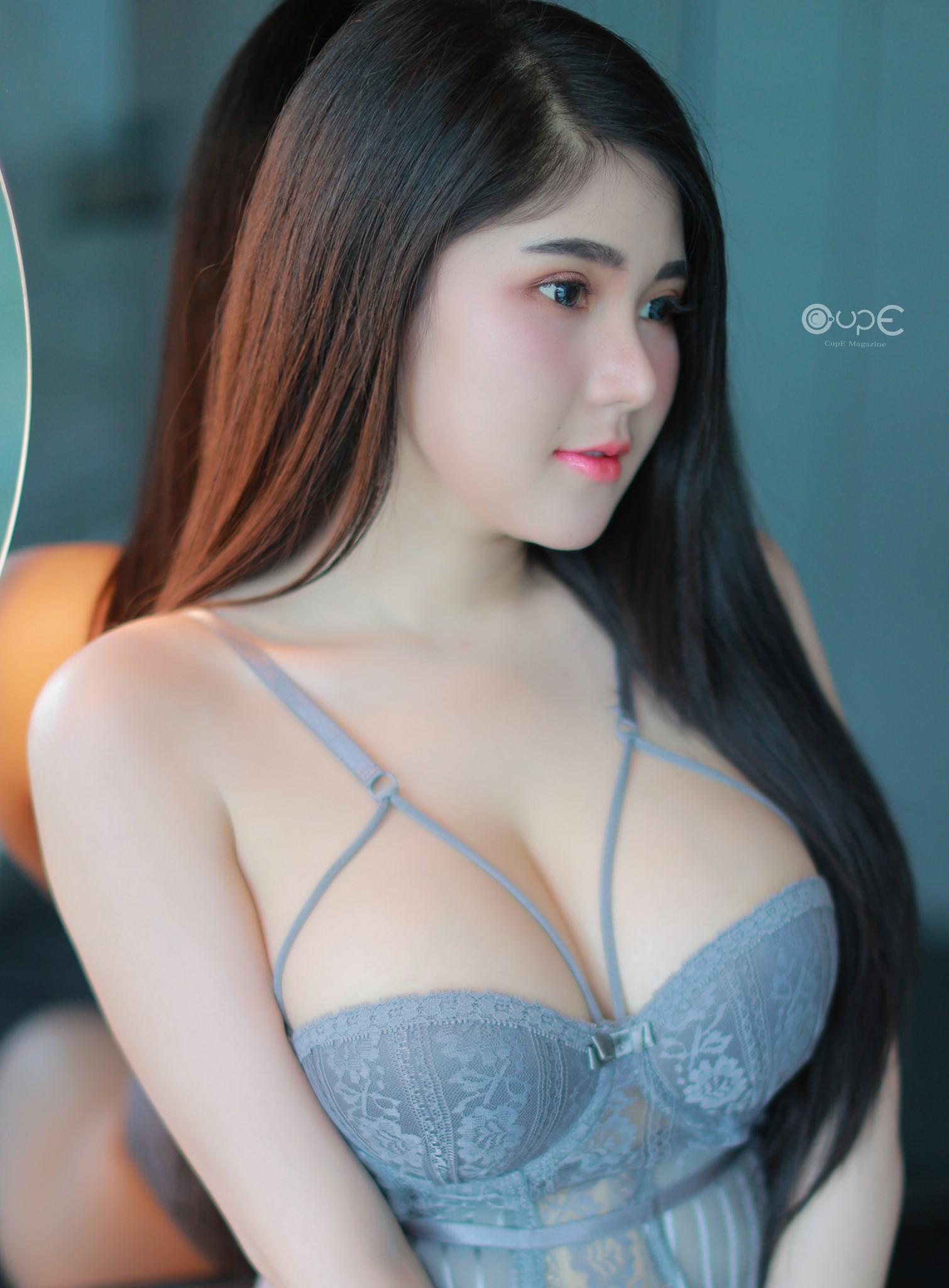 Nookkiie Kanyanat สาวเซ็กซี่ น่าอกโต สาวน่ารัก สาวสวย เป็นที่ถูกใจของผู้ชาย