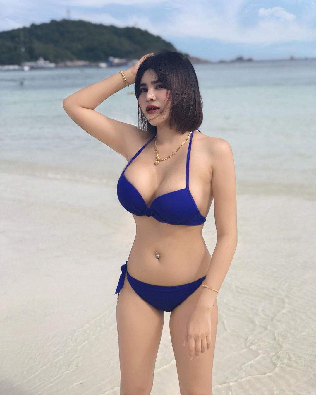 รวมรูปเด็ด น้องน้ำ Phatchareewan Kabthong สาวเซ็กซี่