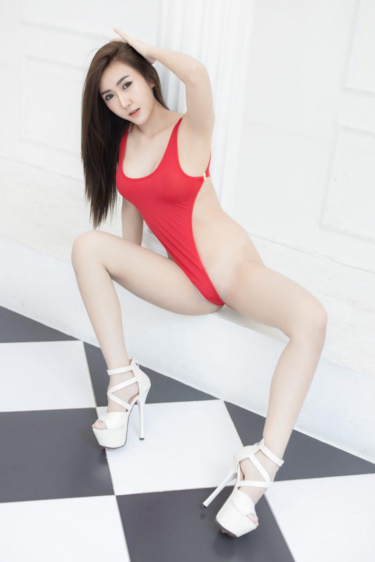 junijune_wanida สาวเซ็กซี่ บิกินี่ชุดแดงสุดเสียว