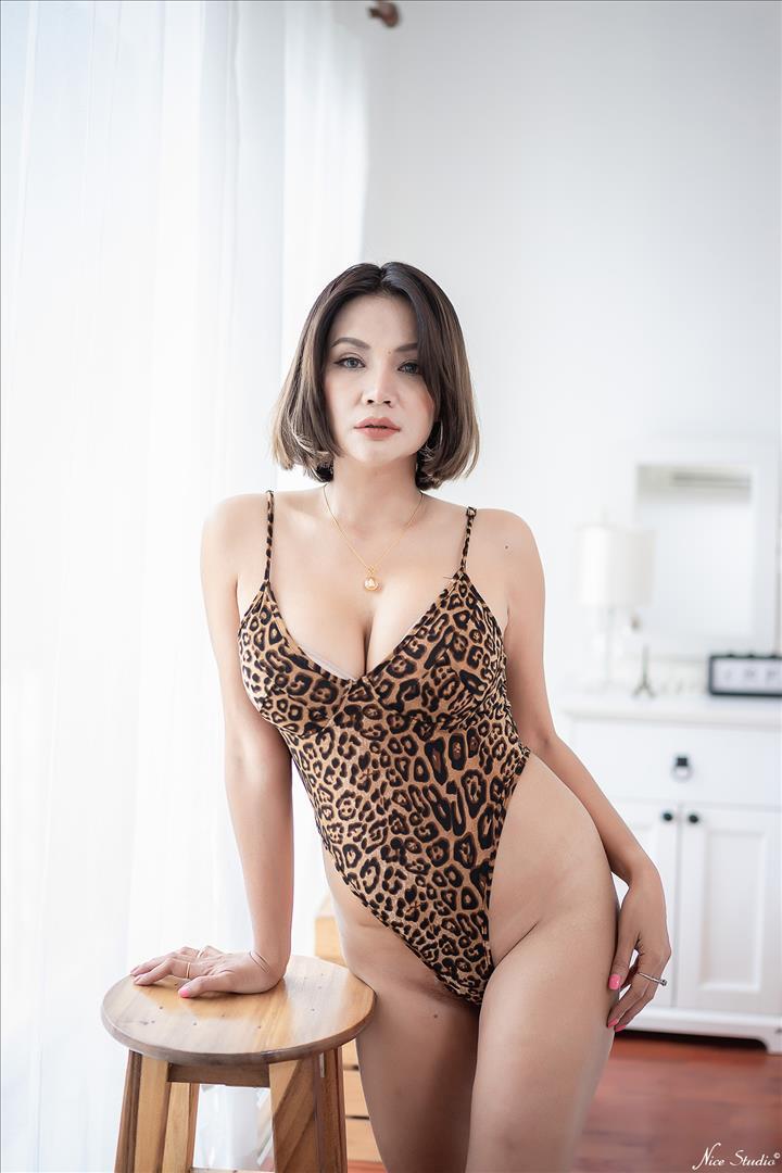 สาวสวยสาวใหญ่ เซ็กซี่ นมใหญ่